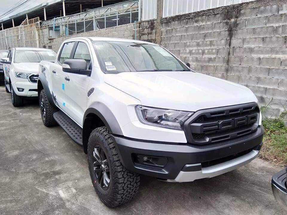 Ford Ranger Raptor Trắng