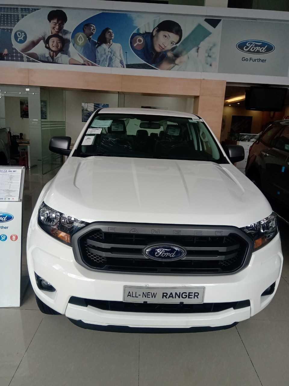 Đánh giá Ranger XLS số sàn 2020 nhập khẩu Thái Lan 4